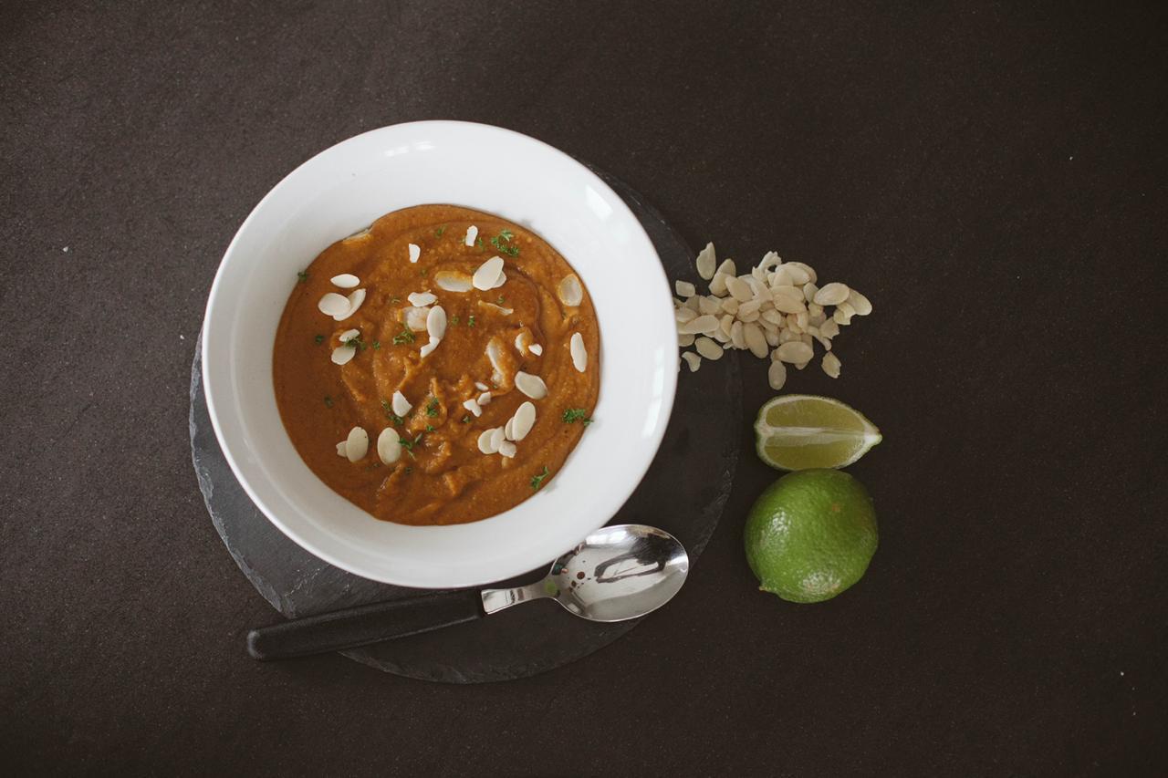 In The Kitchen with Manolis Munchies: Kashmiri Chilli Butternut & Split Pea Soup